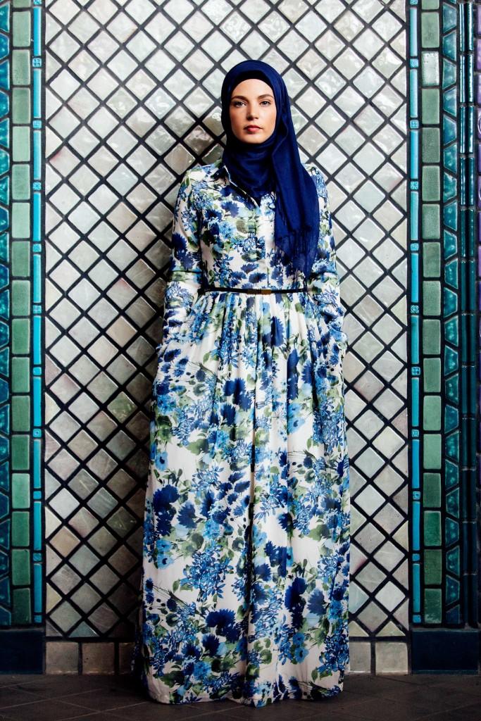Haute Hijab. Abito a fiori