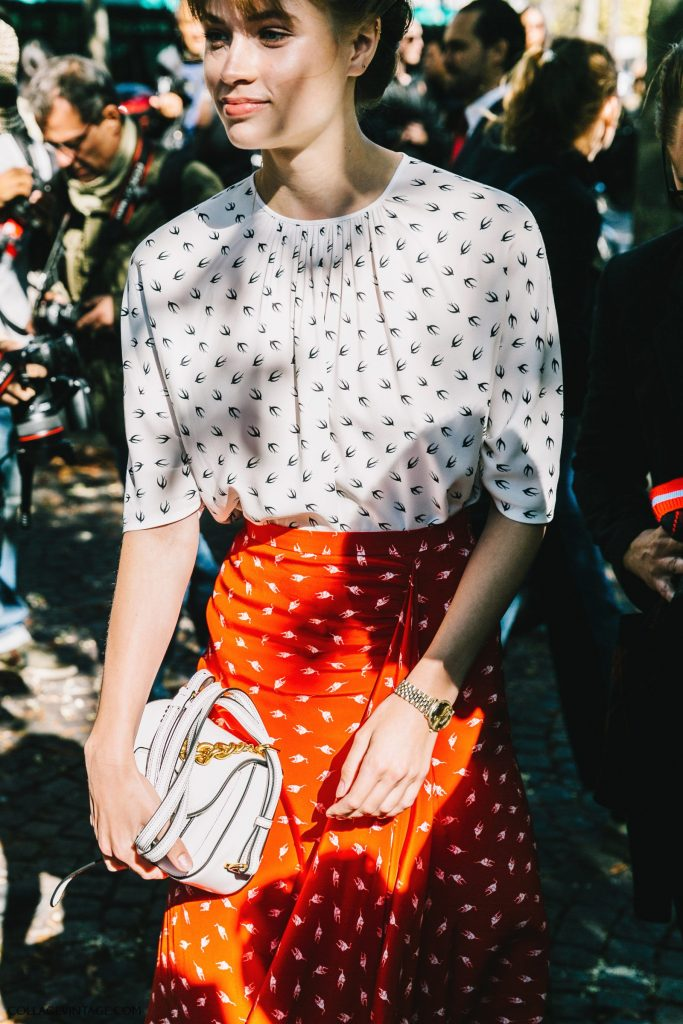 pfw-paris_fashion_week_ss17-street_style-outfit-collage_vintage-louis_vuitton-miu_miu-79-1600x2400